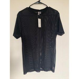 Black mesh T